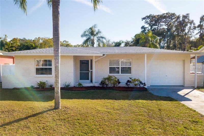 52 Cypress Dr, Palm Harbor, FL 34684 - realtor.com®